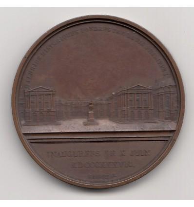 La ville de Versailles reconnaissante à Louis-Philippe pour la création des galeries historiques 1837