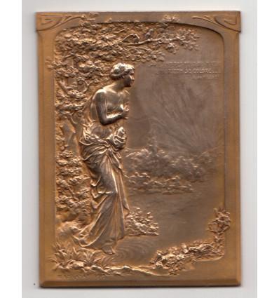Femme drapée à l'antique par Exbrayat 1912