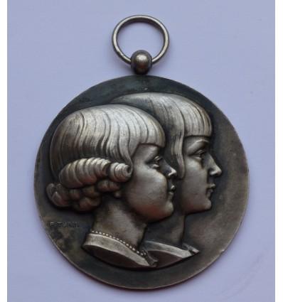 Portrait d'enfants par Turin s.d.