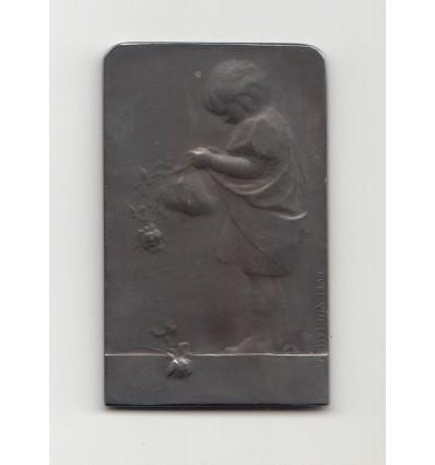 L'enfant aux roses par Yencesse s.d. ( 1906 )